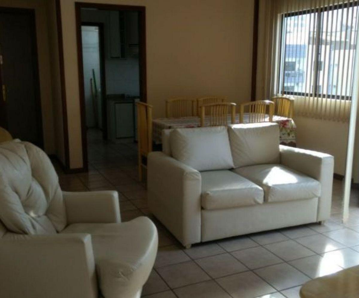 Apartamento 2 quartos sendo 1 suíte, Vaga privativa de garagem, Rua reta ao Mar - Centro de Balneári