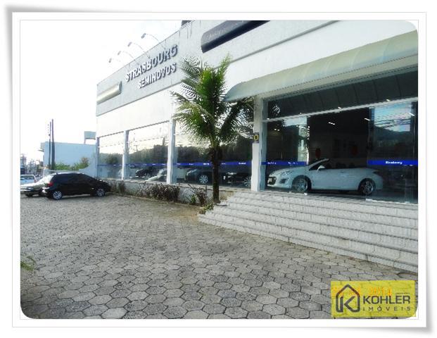 Sala Comercial na Av. Osvaldo Reis!