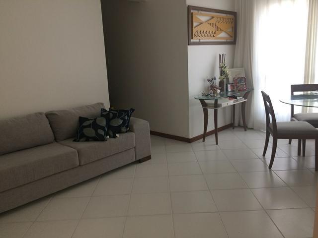 Excelente  3/4  2 banheiros,  armários , reformado, na Jorge  Amado(cod: EV17)