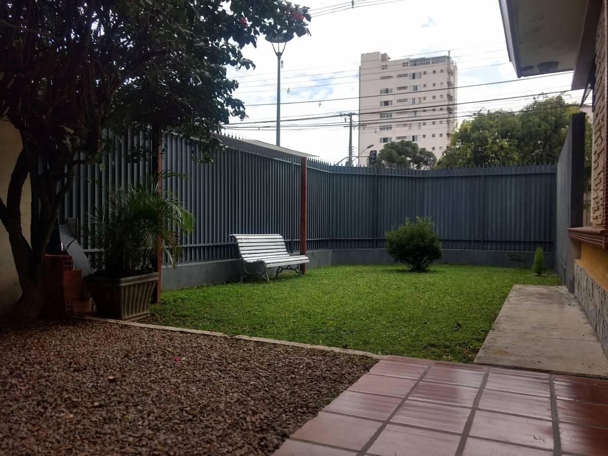 Terreno ZR4 esquina - Alto da XV - Curitiba