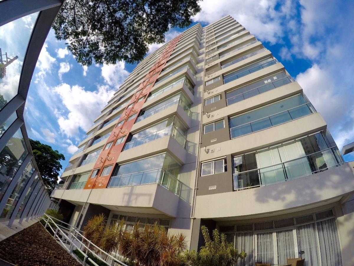 Apartamento para venda. Com 48 metros quadrados e 1 quarto em Campo Belo.