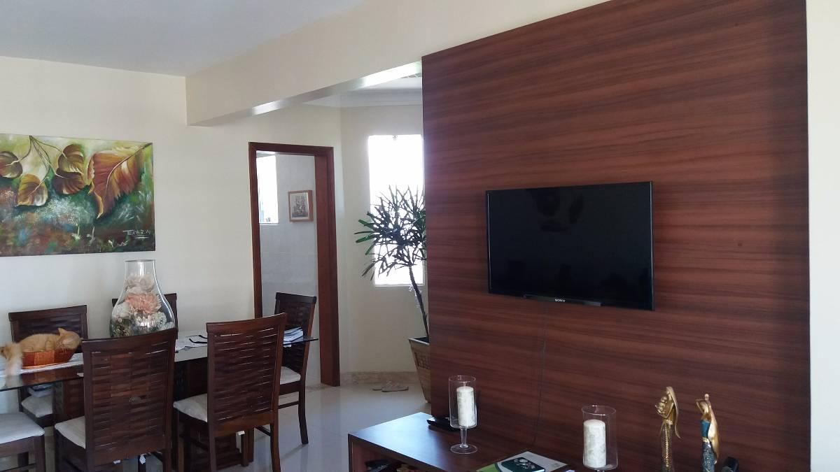 Apartamento 3 quartos com dependência no Imbuí
