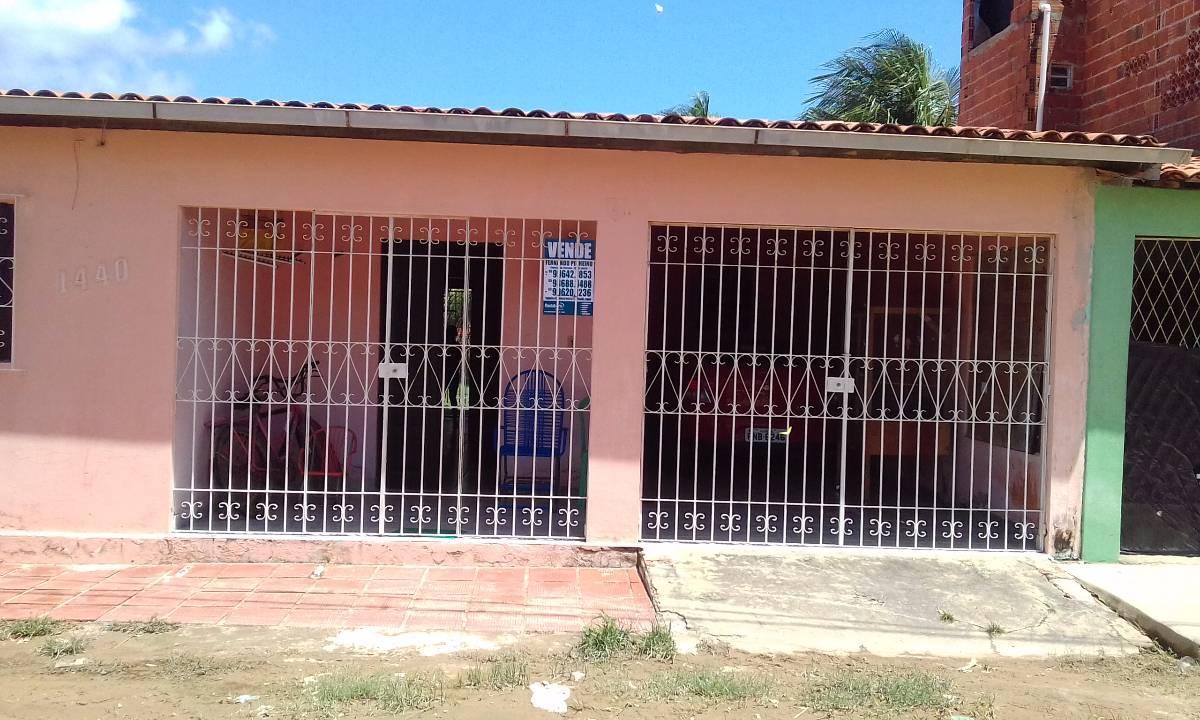 Casa no bairro várzea da Matriz