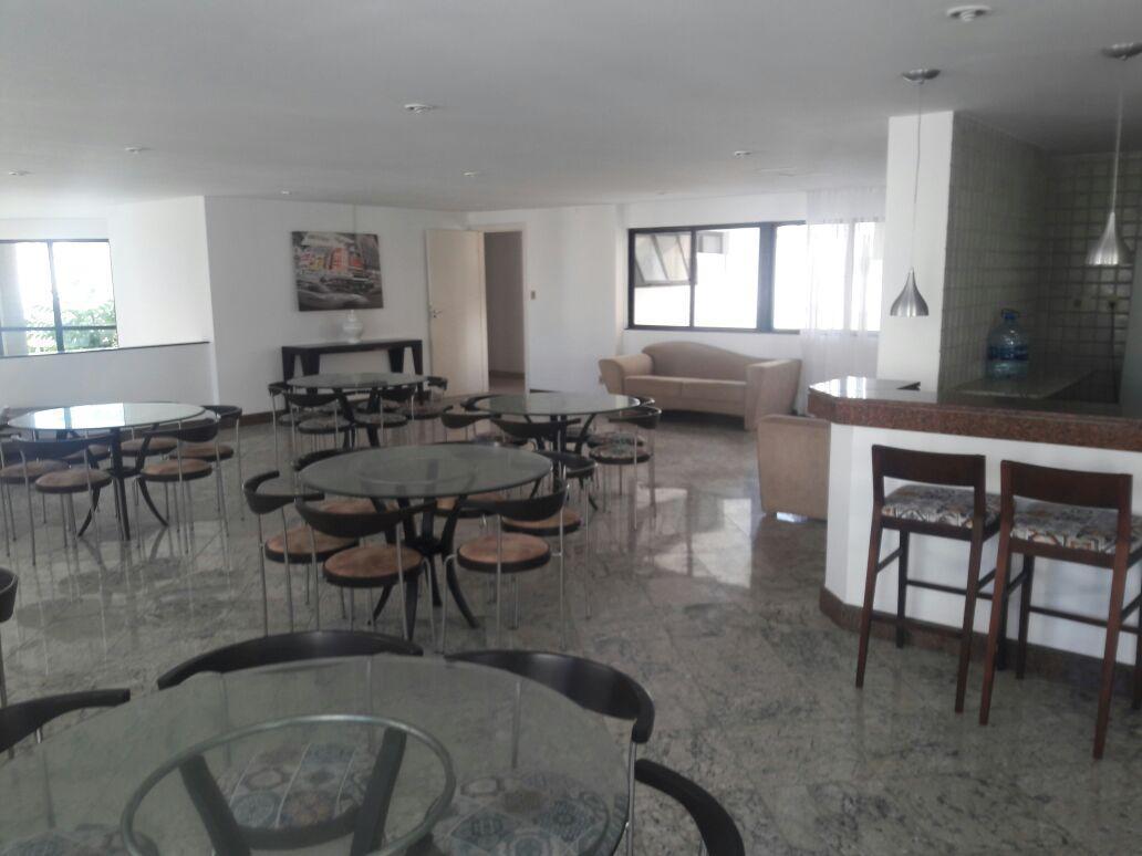 Excelente Oportunidade 4/4, 3 suites com 4 vagas, vista mar na Pituba!!!