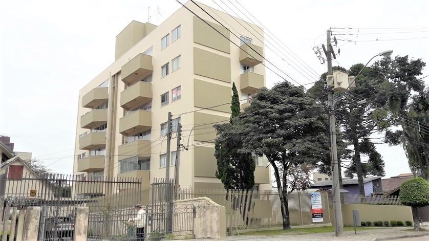 Ap. no Bairro Batel, Rua Gonçalves Dias, 3 Quartos, Suíte e 1 Vga. de Garagem.