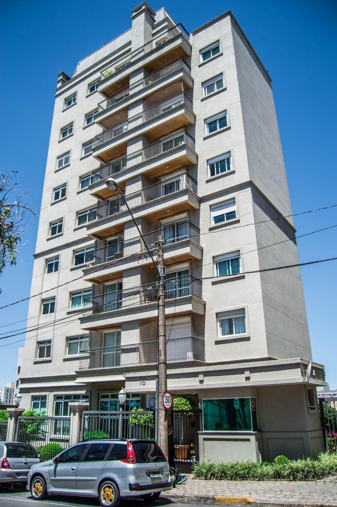 Cobertura Duplex no Batel excelente localização, ao lado do Colégio Dom Bosco!!