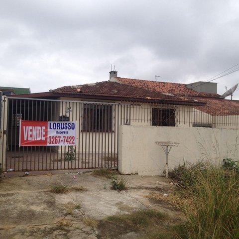 Casa á venda no bairro Santa Cândida