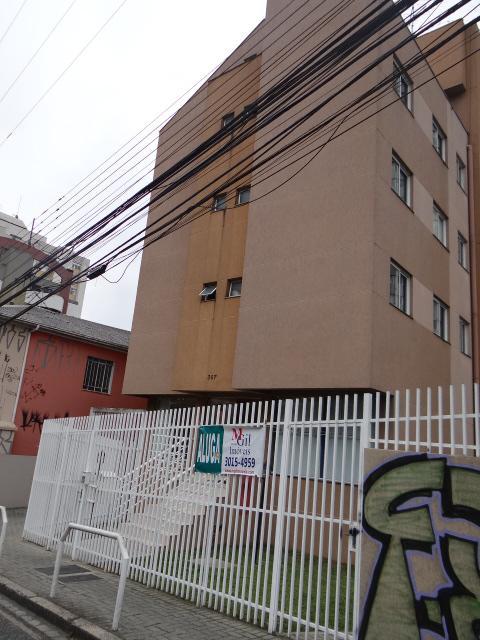 http://www.infocenterhost2.com.br/crm/fotosimovel/230633/dsc01911.jpg