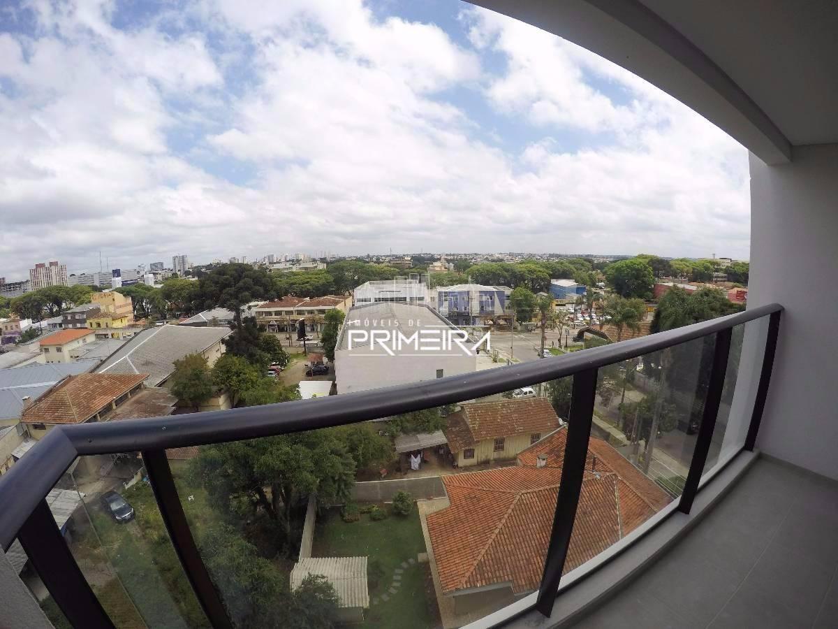 2 QUARTOS C/ SUÍTE (73m²) SACADA C/ CHURRASQUEIRA NO PORTÃO - ED. BONNE VIE