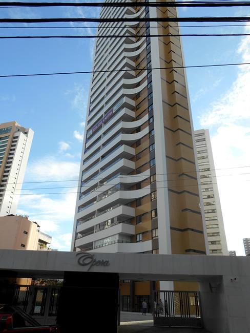 Apartamento no Horto Florestal, 4 quartos sendo 4 suites com 171m², OPERA.
