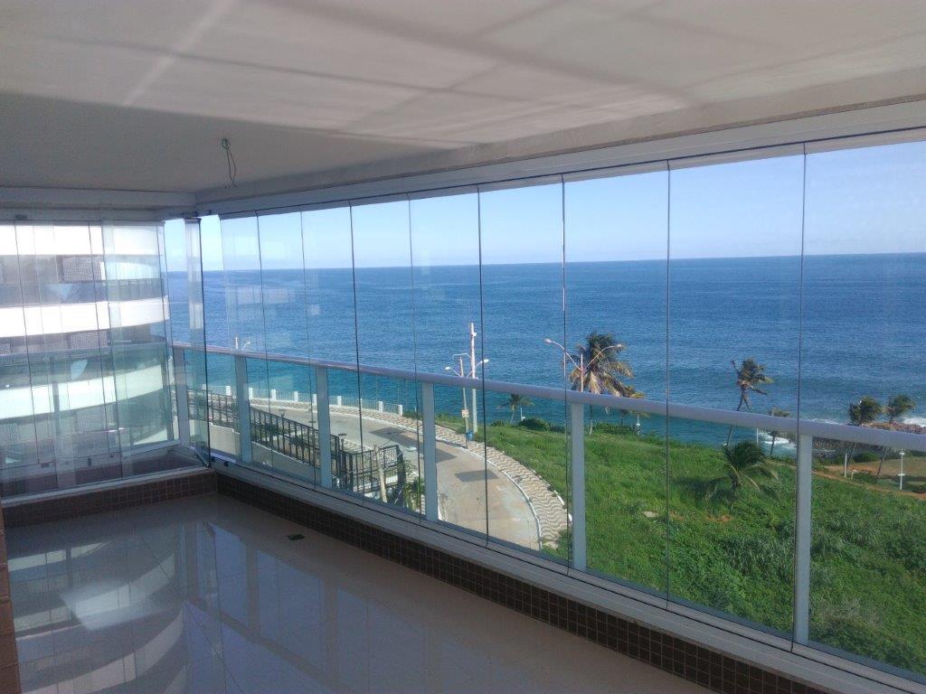 Apartamento 3/4 com suite, 4 vagas em 142m² no melhor da Barra, vista mar!!!