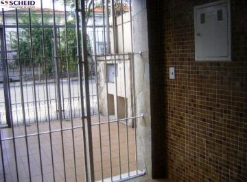 Casa · 220m² · 4 Quartos · 8 Vagas