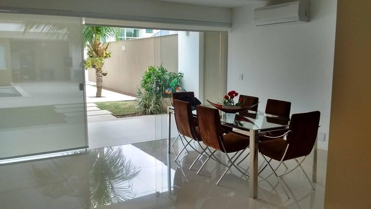 Casa Duplex para Venda em Camboinhas Niterói-RJ