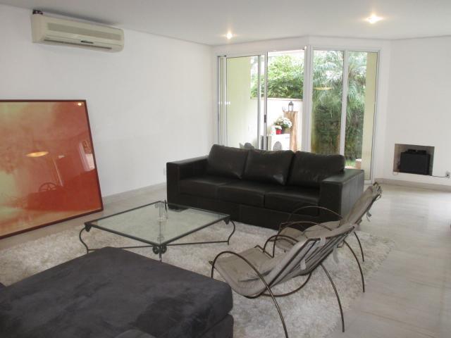 Cidade Jardim Casa reformada em condominio Vila América 396 m² 3 suites 4vgs