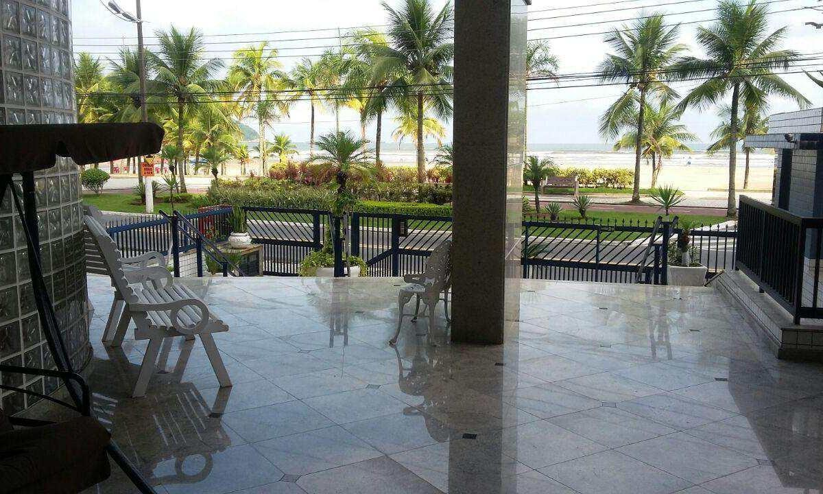 Apartamento Frente Mar com 2 dormitórios na Praia Grande - SP