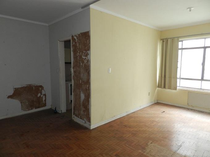 Sala living para venda, com 38 metros quadrados no José Menino - Santos