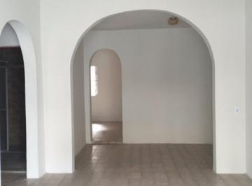 Casa residencial, 3 quartos, dependência, Baixa de Quintas, Salvador.