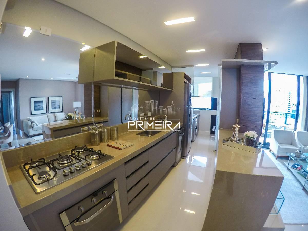 Edifício White - Apartamento (116m²) com 3 suítes e 2 vagas no Alto da Glória