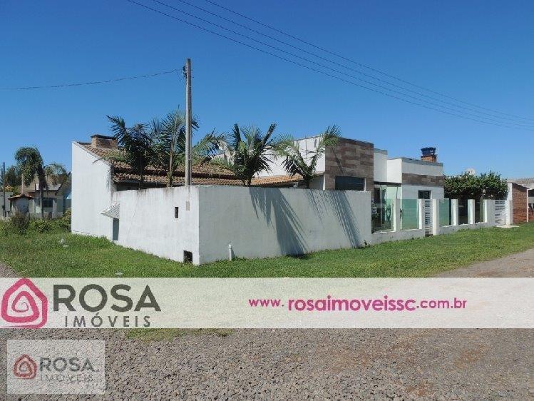 Linda Casa 4 dormitórios - 250 metros mar- Piscina - Balneário Gaivota SC