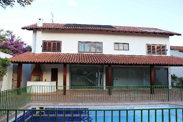 MANU IMOVEIS VENDE: Excelente casa no Lago Sul- 4 qtos- piscina.