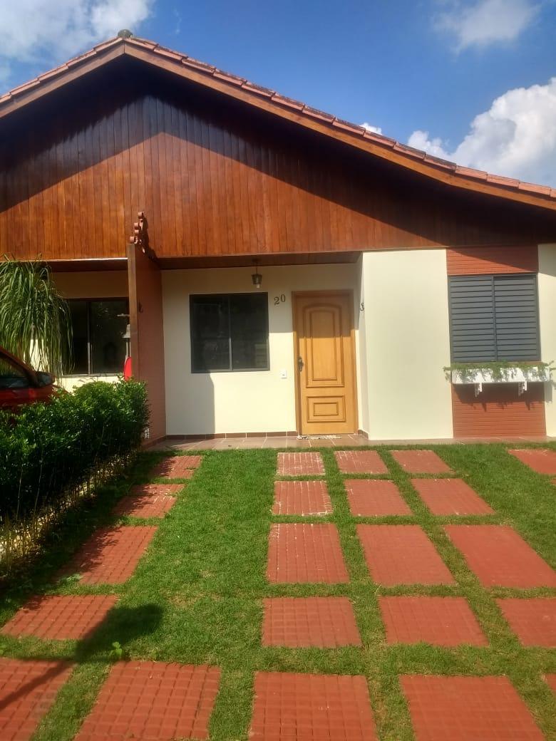 Casa dentro de condomínio fechado de 3 dormitórios no Morumbi Sul