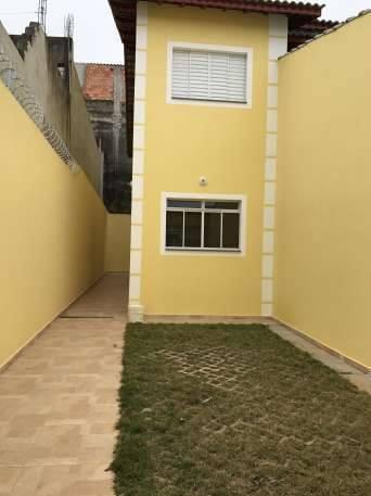 Sobrado 67 m², 2 quartos.