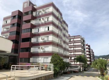 Apartamento · 122m² · 3 Quartos