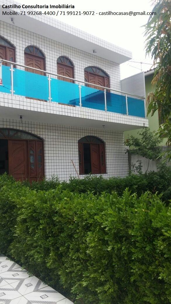 Casa para venda tem 200 metros quadrados e 3 quartos em Centro - Lauro de Freitas - BA.