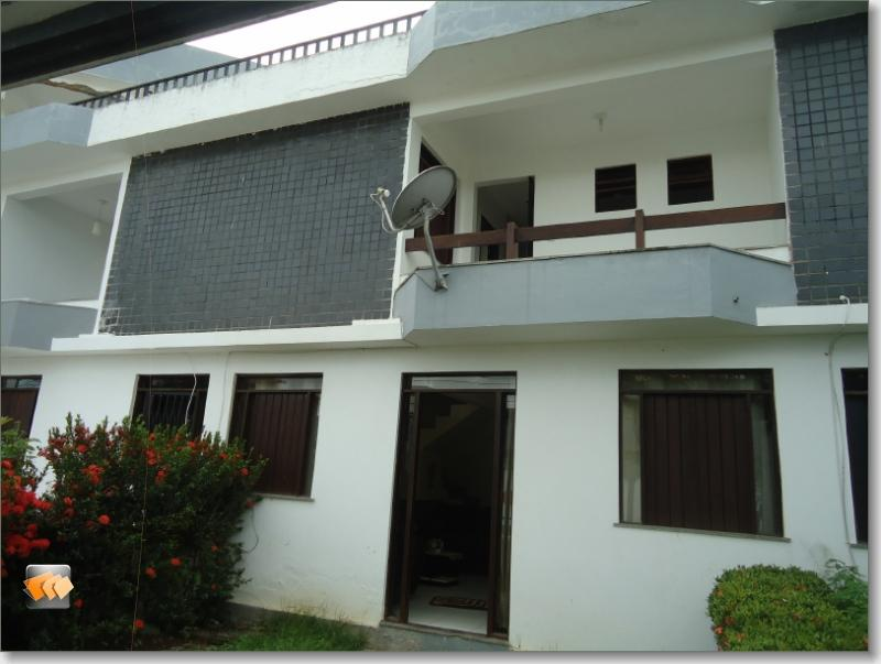 Casa duplex estilo village 3/4 1 suíte dependência 1 vaga