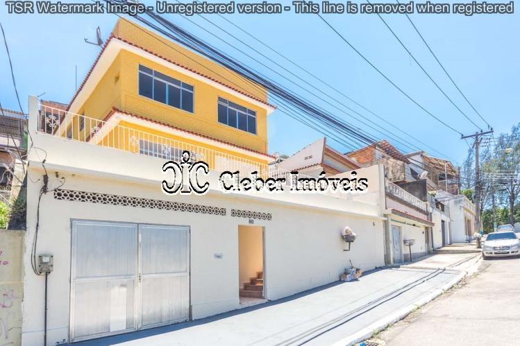 Duas casas com entrada independentes garagem Engenho da Rainha