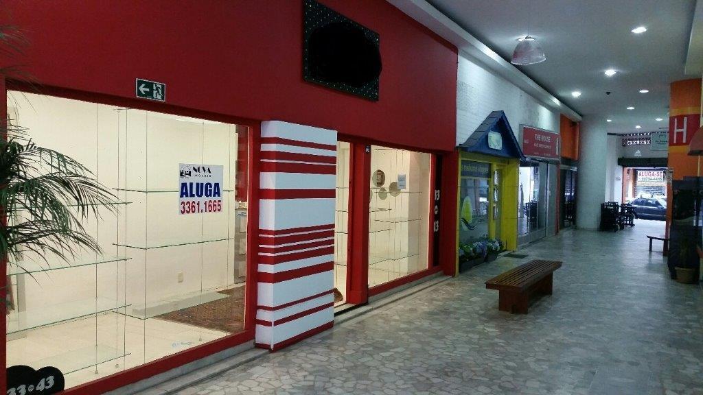 Loja em galeria no Gonzaga em Santos
