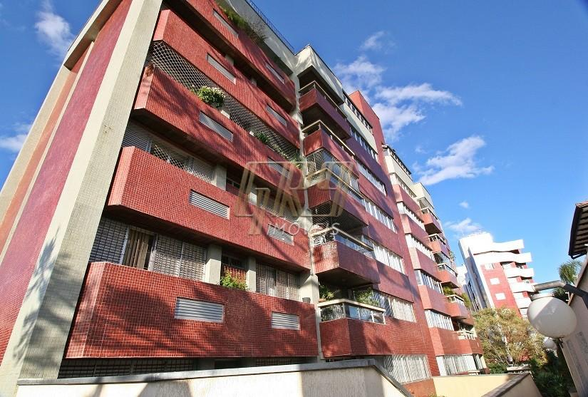 http://www.infocenterhost2.com.br/crm/fotosimovel/273139/77260757-apartamento-curitiba-batel.jpg