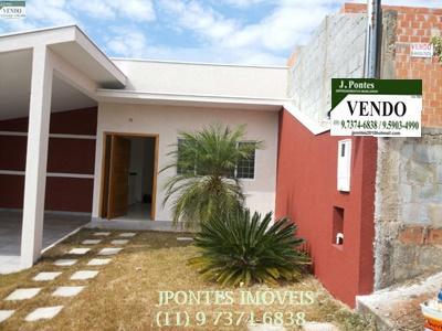 Casa em condomínio com 03 dormitórios sendo 1 suite-Bragança Paulista/SP.