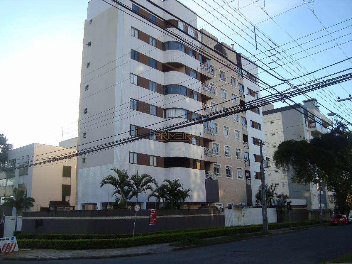 Apartamento na Vila Izabel com 3 quartos Ed Villa Lobos