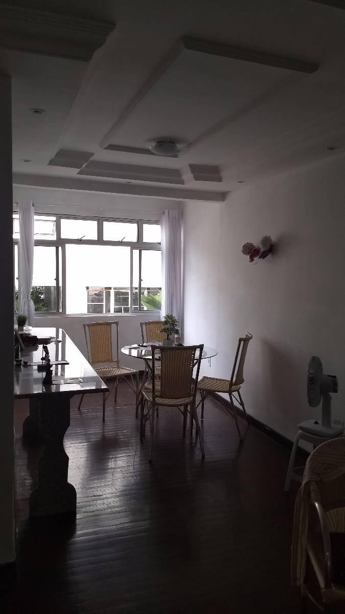Apartamento no Cocó, com boa localização 97m, 3 qtos, 1 ste, dce
