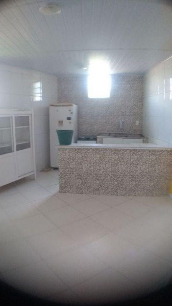Apto 1/4  , sala, cozinha, banheiro, área serviço ,semimobiliado em Vilas do Atlantico
