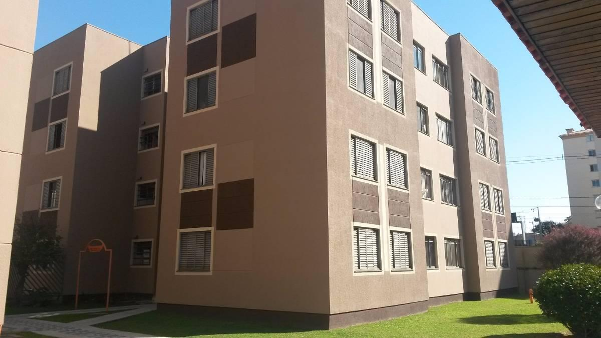 Apartamento no Pinheirinho muito bem localizado