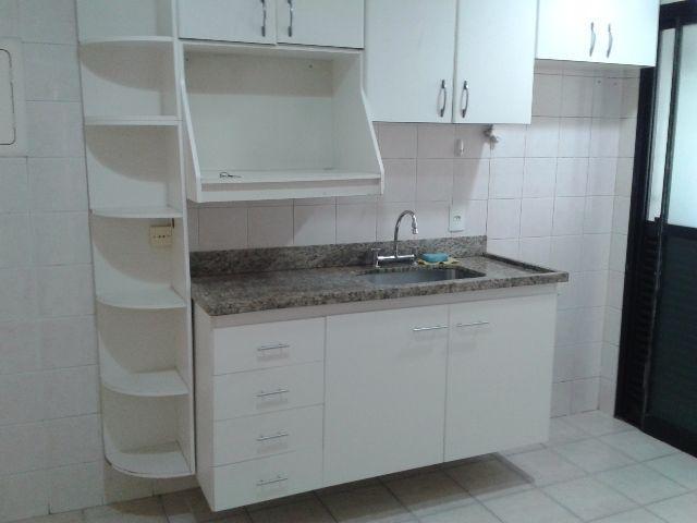 Alugo  - Apartamento com 3 dormitórios, sala ampla ( REF-2413-ROSANA)