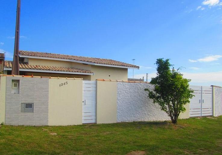 casa a venda em Itanhaém, em um lote medindo 322 m².