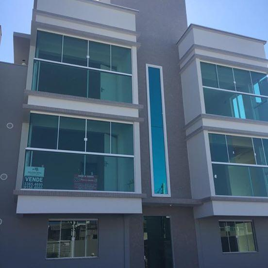 Apartamento em Camboriú, 2 quartos, sendo 1 suíte, bwc,1 vaga de garagem