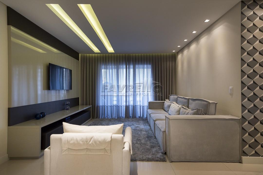 http://www.infocenterhost2.com.br/crm/fotosimovel/274636/77978747-apartamento-curitiba-bigorrilho.jpg