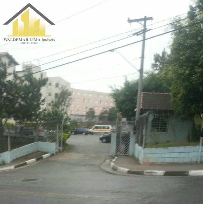 Apartamento à venda - no Embu