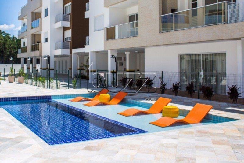 Apartamento 2 dormitórios com infraestrutura px a praia no Campeche em Floripa