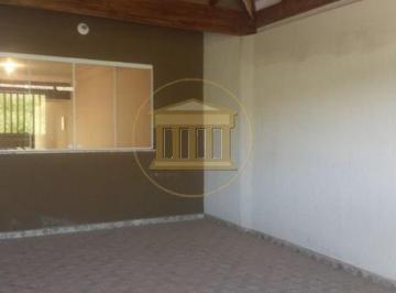 Casa · 134m² · 3 Quartos · 2 Vagas