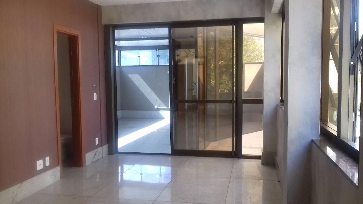 Excelente Sala de 66 m² no Gutierrez