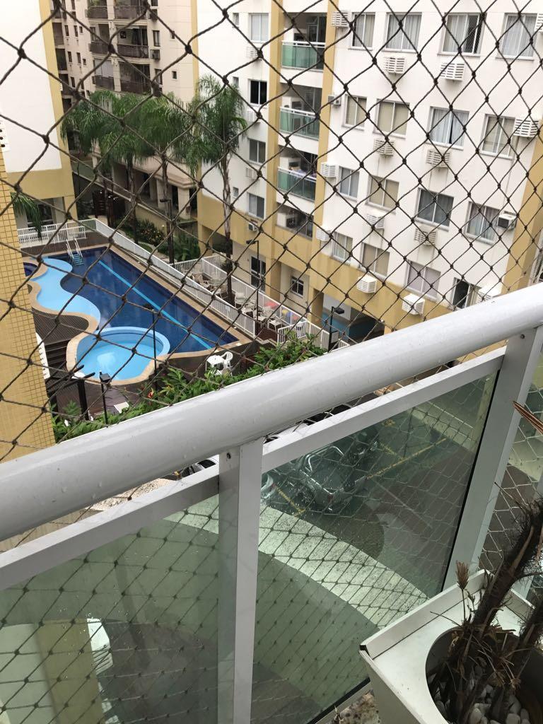 Apartamento 2Q na Freguesia Condomínio Lótus na Estrada do Bananal