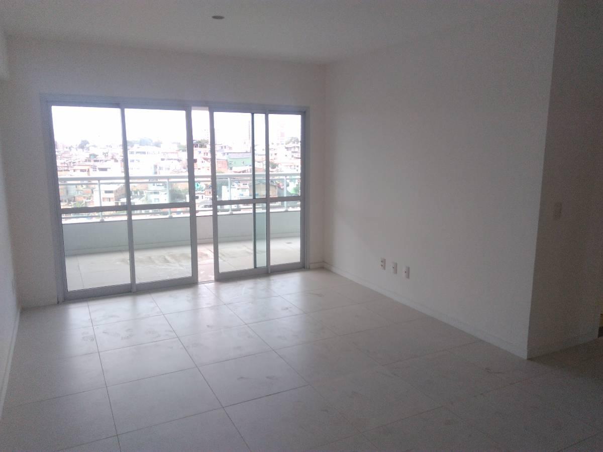 Apartamentos 3/4, sendo 1 Suíte Localizado no Jardim Apipema. OPORTUNIDADE!