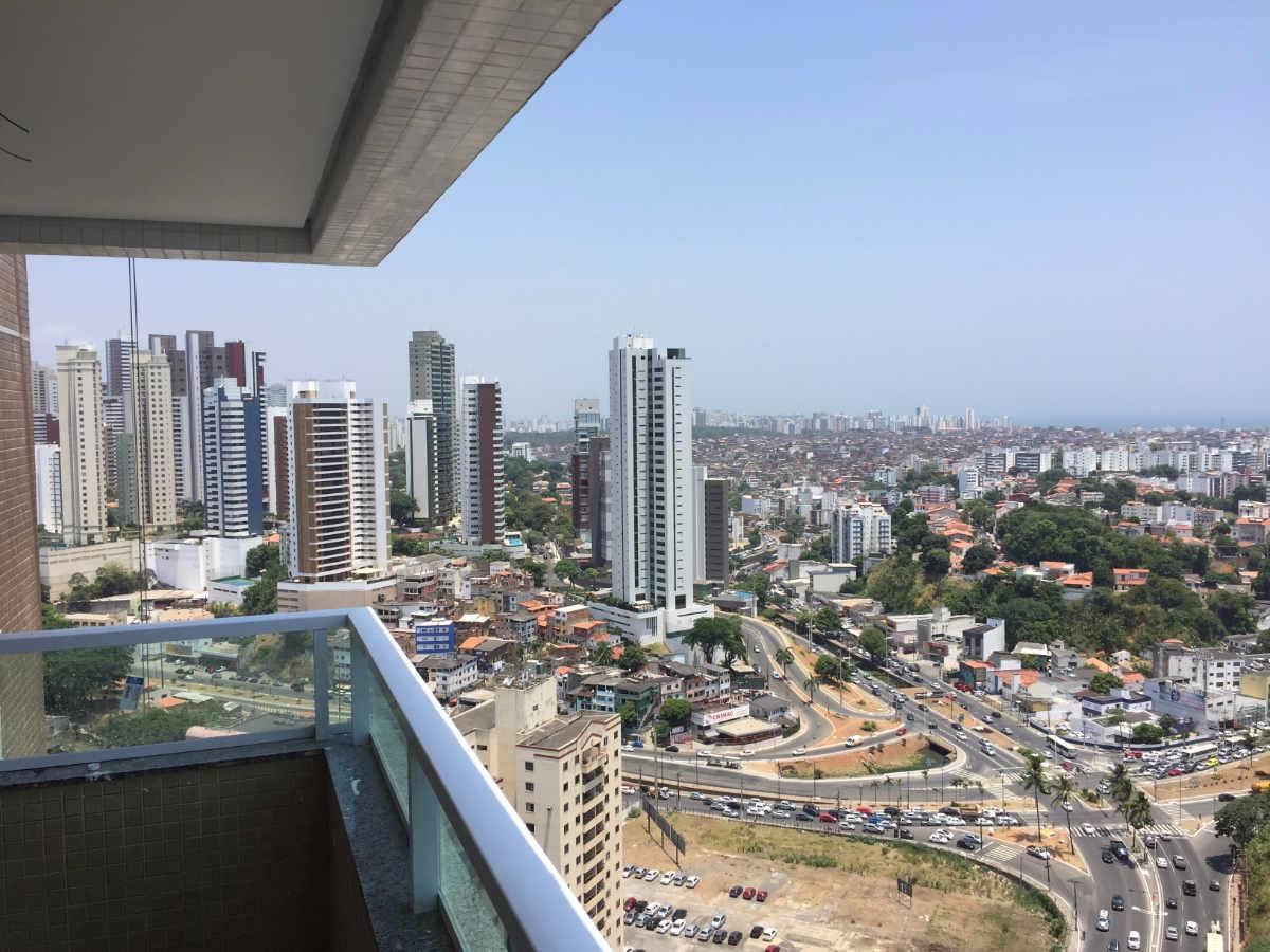 Apartamento 3 quartos sendo 2 suítes vista mar no Rio Vermelho