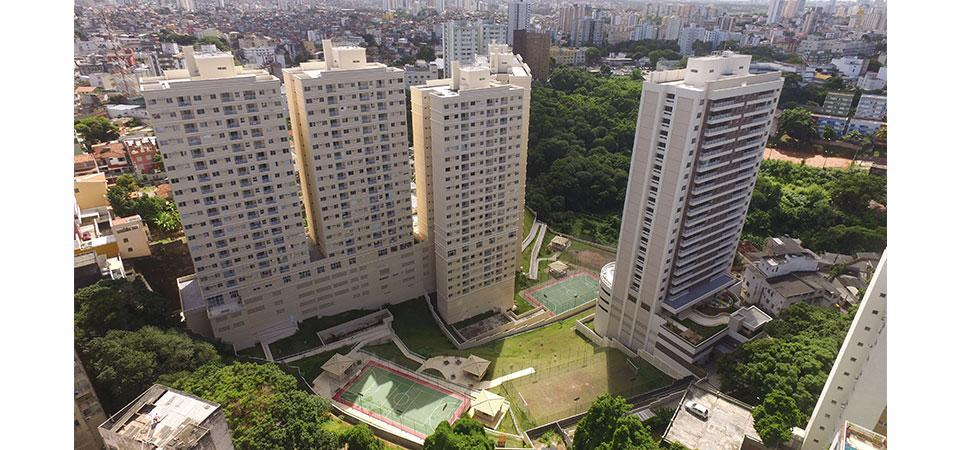 City Park Acupe – 3/4 – Suíte e varanda – 68m².