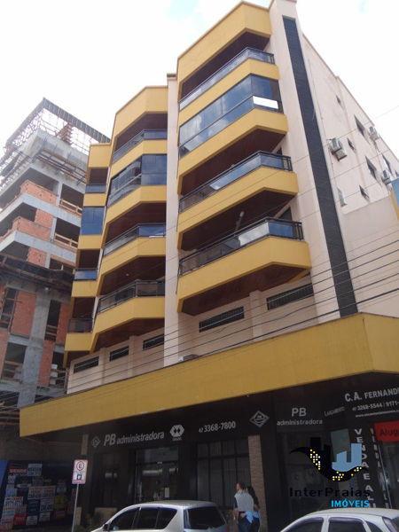 Apartamento no Edifício Antonio Cruz Neto - Meia
